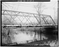VIEW NORTHEAST, TRUSS DETAIL - Toelles Road Bridge, Spanning Quinnipiac River, Wallingford, New Haven County, CT HAER CONN,5-WALF,5-3.tif