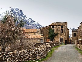 The village of Vallica, overlooked by Monte Padro