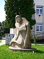 Veľký Šariš - socha.JPG