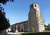 Verneuil Eglise St Pierre extérieur.jpg