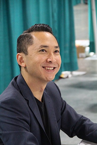 Viet Thanh Nguyen - Image: Viet Thanh Nguyen 2015 National Book Festival
