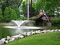 Viking Fury and fountain (Kings Island).jpg