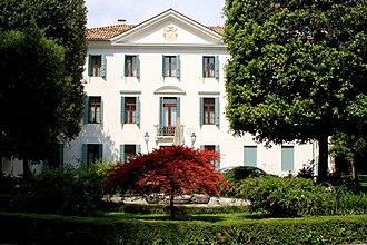 Banca IFIS - Fürstemberg Villa