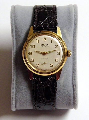 file vintage gruen precision manual wind 17 jewel watch. Black Bedroom Furniture Sets. Home Design Ideas