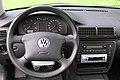 Volkswagen Passat B5 Cockpit.jpg