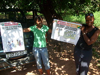 Guinea-Bissau legislative election, 2008 - Voter education campaign posters in Crioulo language