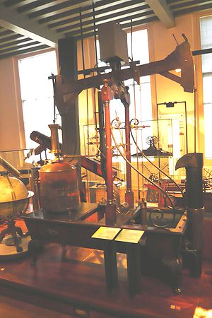 Jan Hope - 1774 model of copper kettle steam engine from Leiden, similar to the one that was built in John Hope's windmill in 1781.