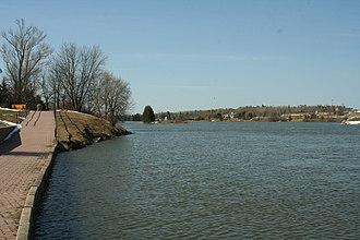 Paper and pulp industry in Dryden, Ontario - Head of Wabigoon River