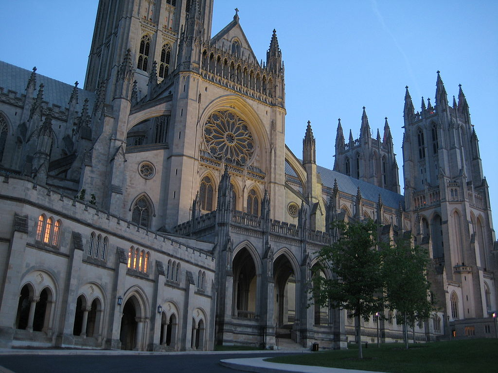 Amazing Gothic Style Cathedral Enjoy The Beauty Of