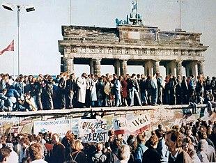 Caduta del muro di Berlino, uno degli avvenimenti più significativi delle Rivoluzioni del 1989.