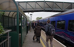Worle railway station MMB 08 158952.jpg