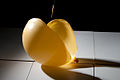 Yellow balloon (3634757803).jpg