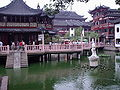 Yuyuan gardens, Shanghai.JPG