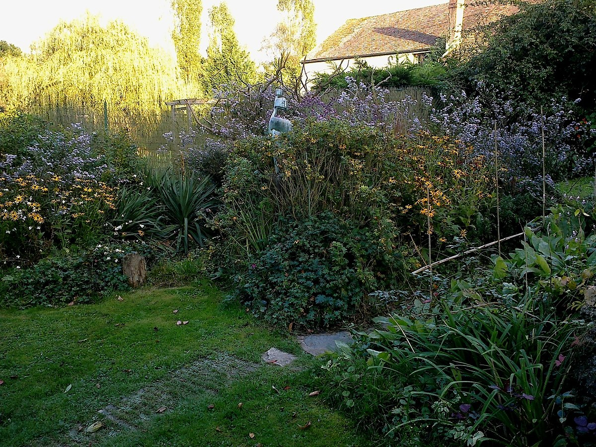 File Yvelines Choisel Atelier Clouet Jardin Panoramio Jpg