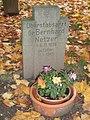 Zeitz Michaelisfriedhof Bombenopfer 1945.JPG