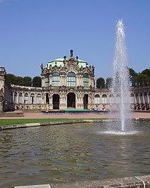 Zwinger Dresden Innenhof.jpg