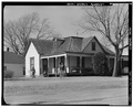 (HOUSE) E. PERKINS AT S. MAPLE - Town of Guthrie, U.S. Route 77 and State Road 33, Guthrie, Logan County, OK HABS OKLA,42-GUTH,1-28.tif