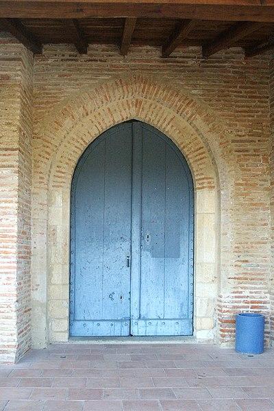 Église Saint-André de Pompertuzat - portail d'entrée, côté nord.