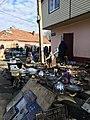 Блошиный рынок в районе Привоза во Владикавказе.jpg