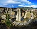 Найдовший кам'яний віадук у Ворохті.jpg