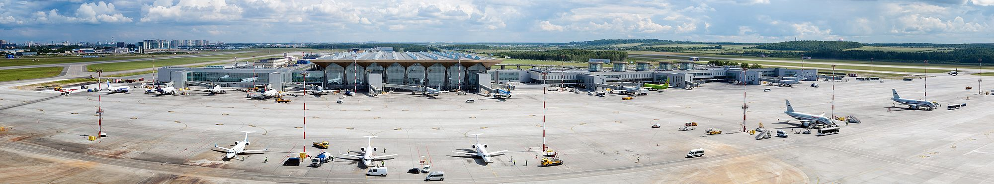 Панорама аэропорта Пулково с