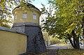 Северо-западная башня Ново-Тихвинского монастыря.JPG