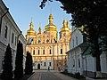 Успенская церковь Киево-Печерской Лавры Украина.jpg