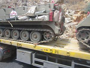 נגמ'ש של חיל הרפואה על משאית