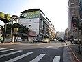 天母景點(台北市士林區德行東路與芝玉路1段與士東路200巷交叉路口) - panoramio - susan curry.jpg