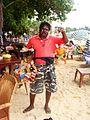 000143 Sinhalesischer Spielzeugverkäufer in der Stadt Galle (2012).JPG