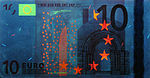 10 euro note under UV light (Obverse)