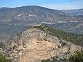 012 Castell de Malagastre, al puig d'Antona, des de Montsonís.JPG
