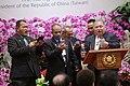 03.07 諾魯共和國總統瓦卡(Baron Divavesi Waqa)於國宴上獻唱,慶祝兩國間友好的邦誼 (32460924704).jpg