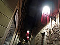 183 Carrer de Montjuïc del Bisbe, fanals guarnits durant el festival Llum BCN.JPG