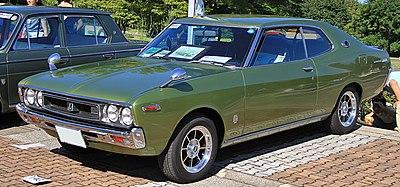 400px-1974_Nissan_Laurel_Hadtop_2000SGX.jpg