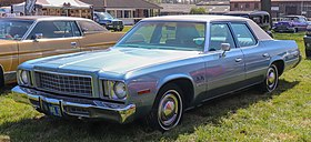 1977 Plymouth Gran Fury 5.9 Front.jpg