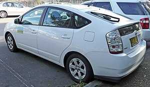 English: 2003–2008 Toyota Prius (NHW20R) liftb...