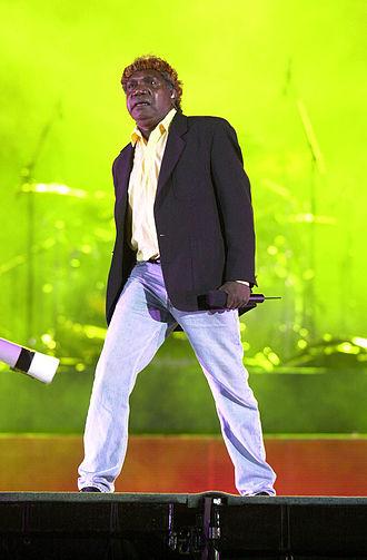 Mandawuy Yunupingu - Image: 201000 Opening Ceremony Yothu Yindi perform 2 3b 2000 Sydney opening ceremony photo