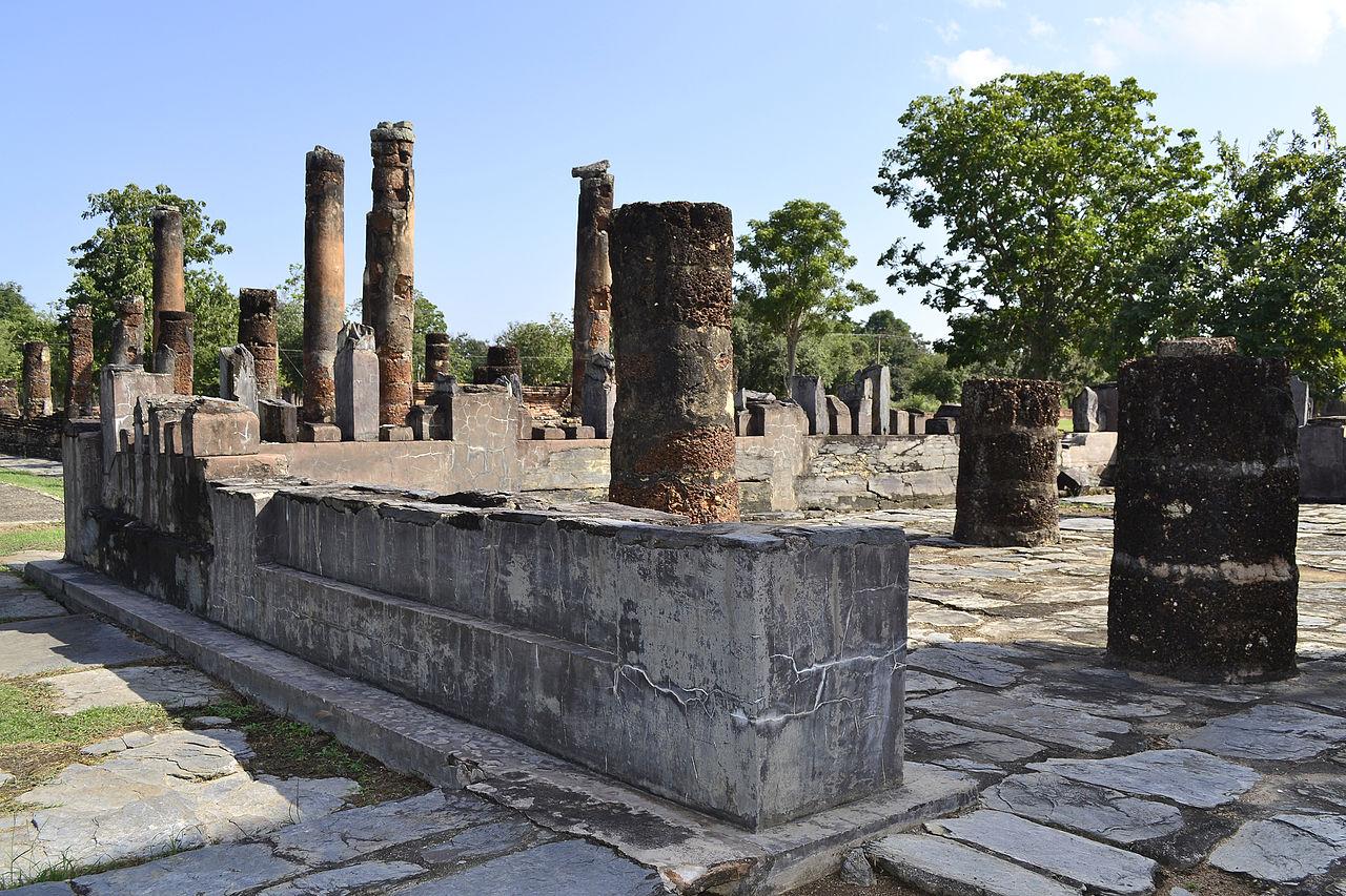 File:201312161349b Sukothai, Wat Chetuphon.jpg - Wikimedia ...