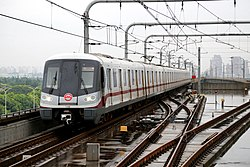20140820上海地铁11号线AC16列车进入南翔站.jpg