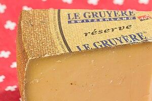 20150125 Le Gruyère AOP Réserve - Der Schweizer - WikiLovesCheese Vienna 8830.jpg