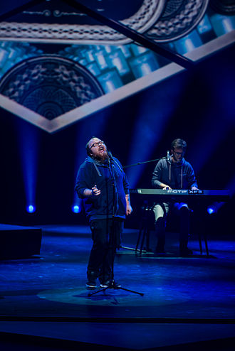 """Germany in the Eurovision Song Contest 2015 - Andreas Kümmert performing """"Heart of Stone"""" at Unser Song für Österreich"""