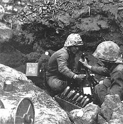 60mm-mortar-iwo-jima.jpg