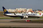 737 Ryanair EI-EKF 01.jpg