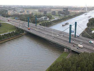 European route E35 in the Netherlands - Image: A12 Utrecht Galecopperbrug over het Amsterdam Rijnkanaal ID437545