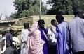 ASC Leiden - van Achterberg Collection - 1 - 132 - Un village pendant une pause de bus en route de Dori à Ouagadougou, Burkina Faso - Yako, Burkina Faso - 9-29 novembre 1996.tiff