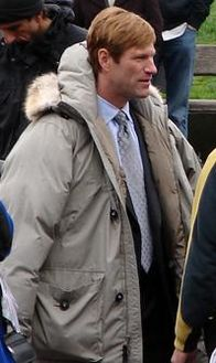 Aaron Eckhart 2-Seattle.jpg