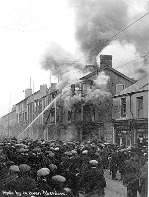 Aberdare - Aberdare Co-operative store fire, 11 May 1919