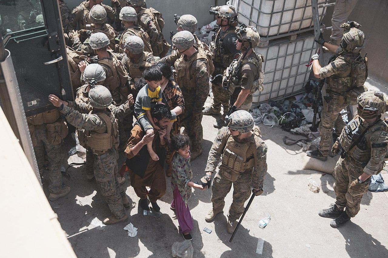 Afghanistan Evacuation 210820-M-AU949-0097.jpg