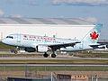 Air Canada A319 C-FYJE (5091398205).jpg
